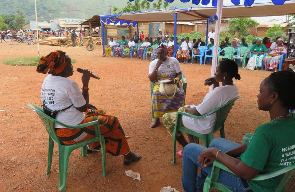 Journée De Réflexion à La Mairie De Begoua à L ´occasion De La Fête Du 8 Mars Photo Monges Samba, Oxfam RCA